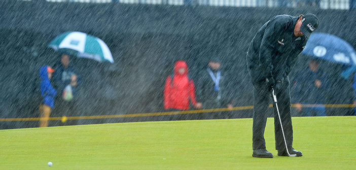 phil-mickelson-golf-rain-weather