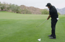 phil-mickelson-chipping-lesson