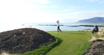 golfing-in-iceland-travel