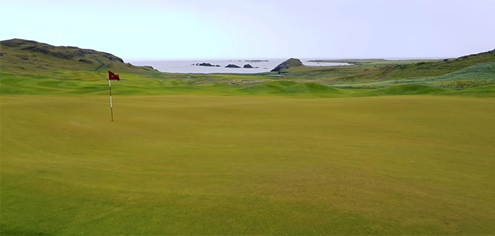 beautiful-iceland-golf-courses-brautarholt