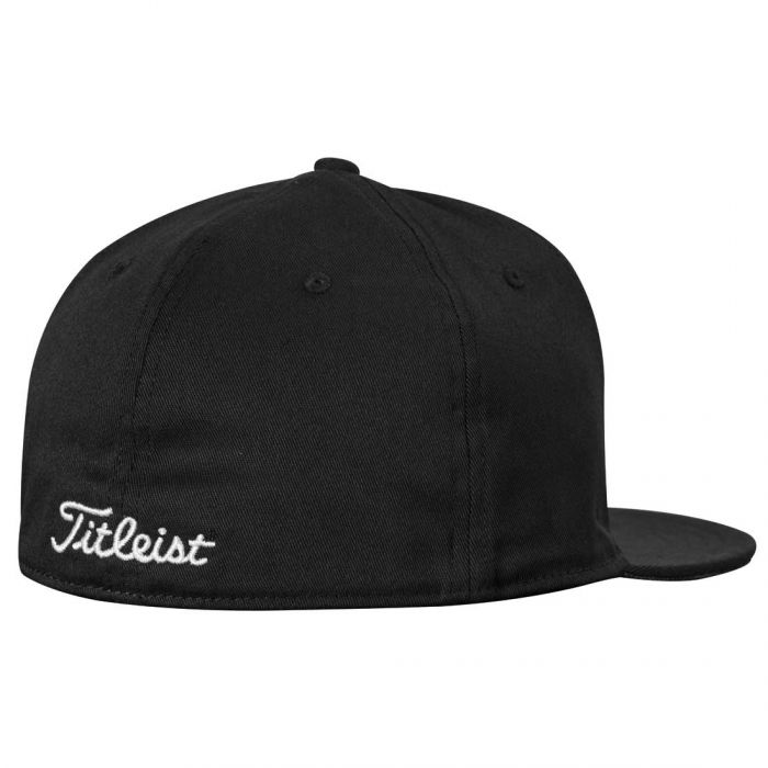Titleist 2017 Flat Bill Fitted Hat